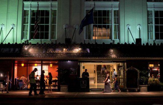 Chaine-des-Rotisseurs-Recognizes-Charlestons